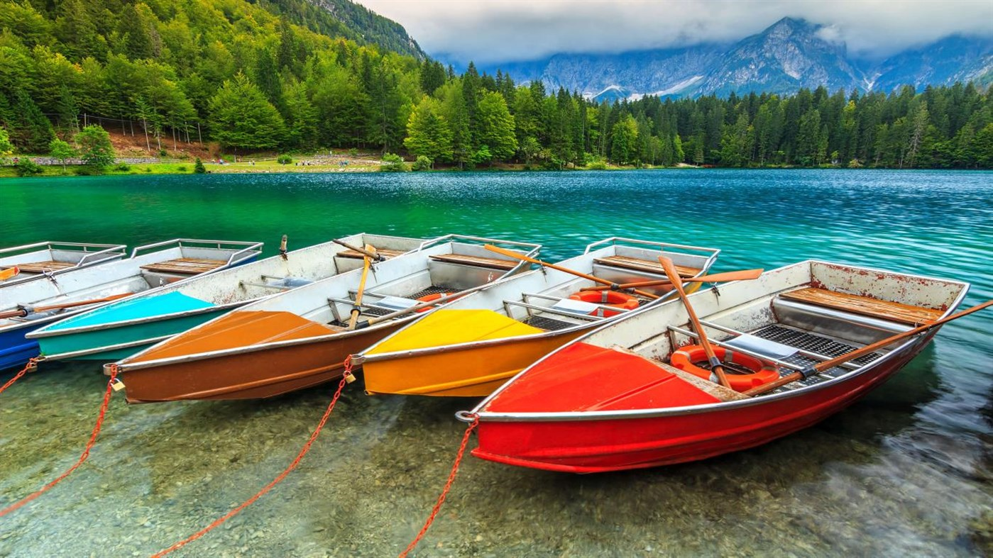 Windows 10 Theme Download: Microsoft's new theme pack 'Colorful Boats PREMIUM' contains beautiful 4K wallpapers 2