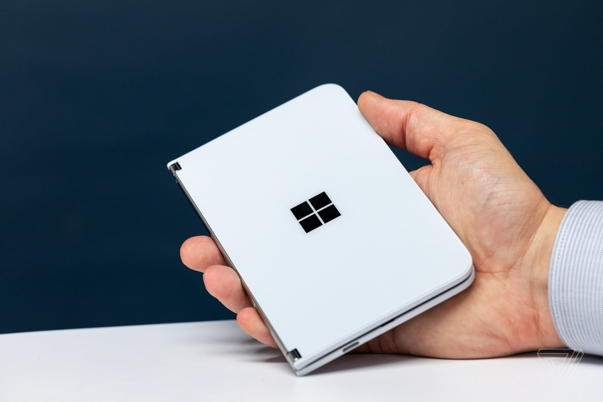 Surface Duo battery will reportedly last all day - MSPoweruser - MSPoweruser