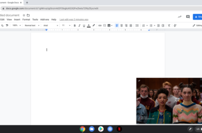 """Latest update brings Netflix """"picture-in-picture"""" mode for Chromebooks 2"""