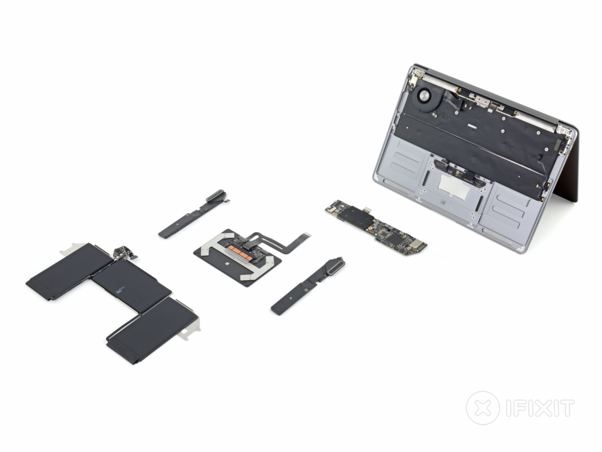 MacBook Air (2020) scores 4 on iFixit's repairability scale