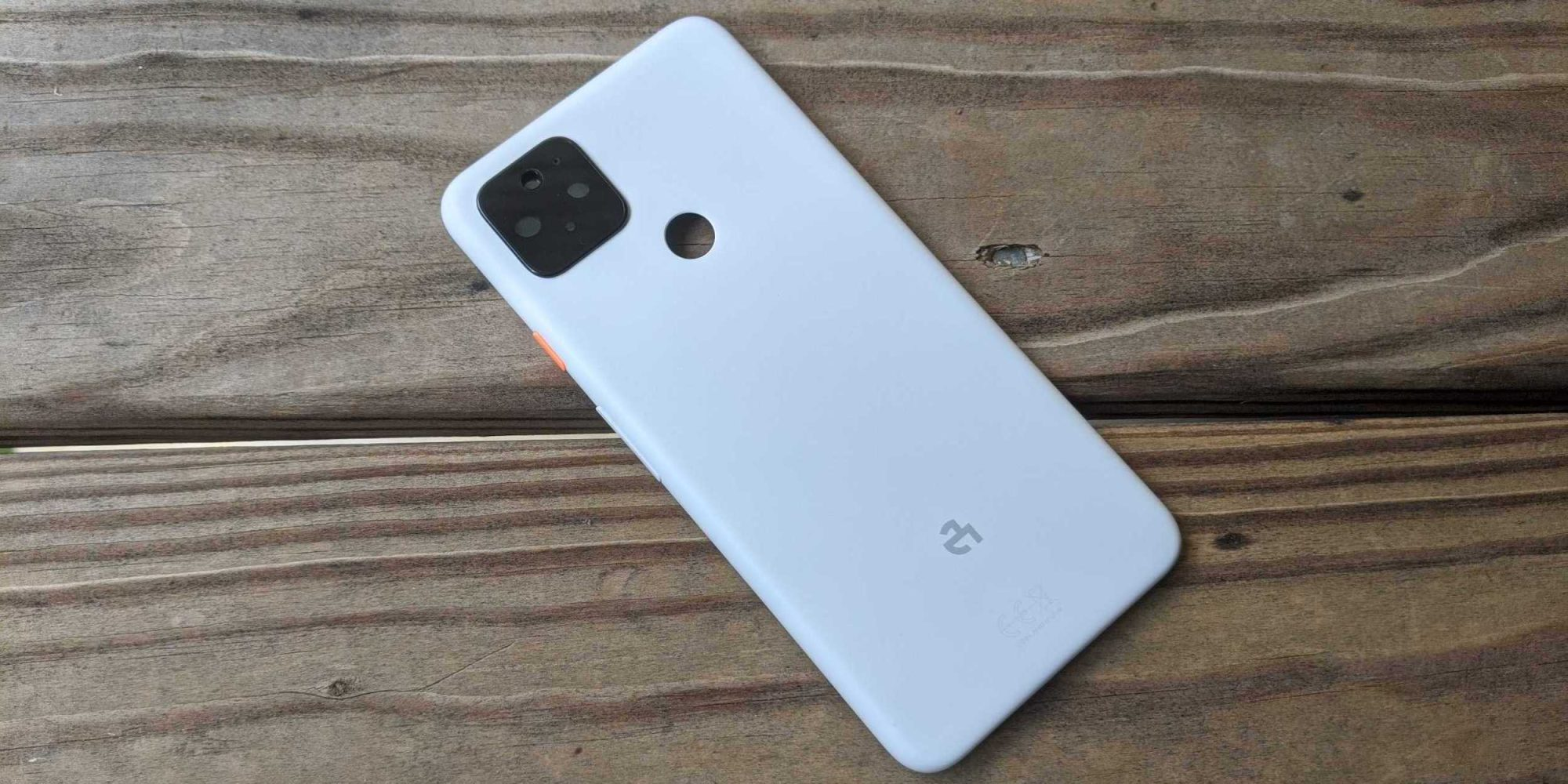 Hands on photos of the Pixel 4a XL that nearly was