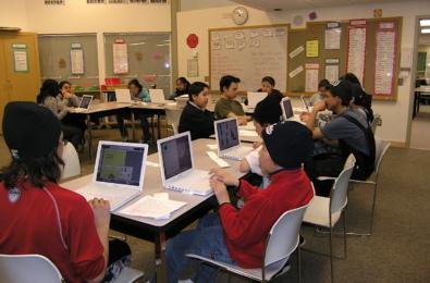 Students studying Inuit language